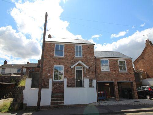 Thumbnail Detached house to rent in 3A Heathcote Road, Whitnash, Leamington Spa