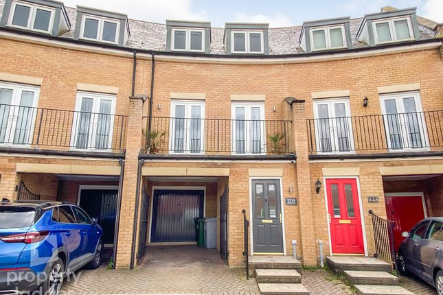 3 bed terraced house for sale in Mountbatten Drive, Old Catton, Norwich NR6