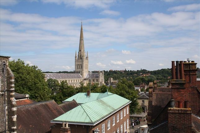 Serviced office to let in 5 Queen Street, Norwich