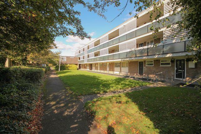 Thumbnail Flat for sale in Ballards Walk, Basildon