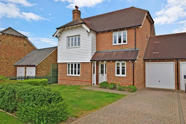 4 bed link-detached house for sale in Carmans Close, Loose, Maidstone, Kent