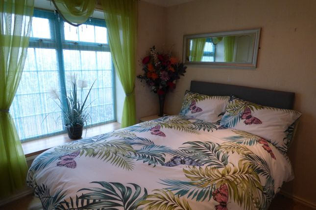 Master Bedroom of Five Acres, Gibbet Hill Lane, Scrooby, Doncaster DN10