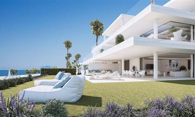 Thumbnail Apartment for sale in New Golden Mile, Front Line Beach, Estepona, Málaga, Andalusia, Spain