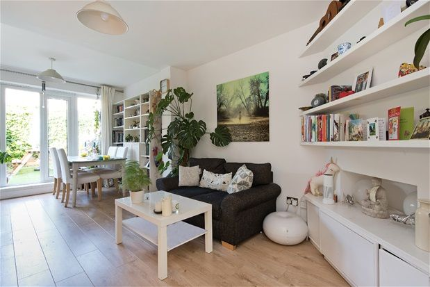 Thumbnail Terraced house for sale in Raleigh Road, London