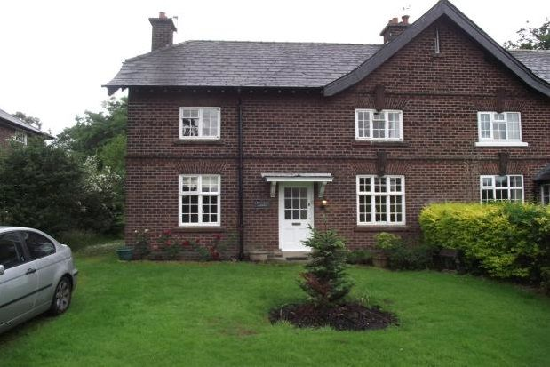 Thumbnail Cottage to rent in Dairy Farm Cottage, Appleton, Warrington