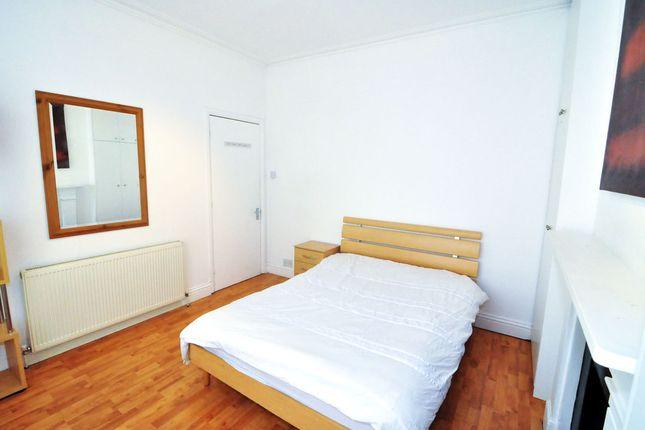 Room to rent in Vernon Street, West Kensington, London