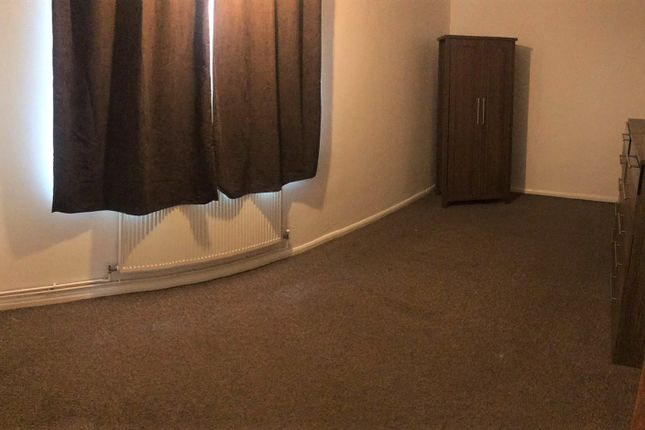 Thumbnail Shared accommodation to rent in Norwood Close, Southall, Middlesex