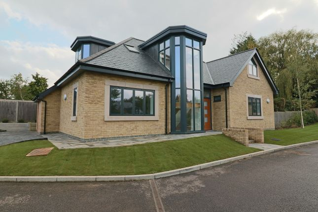 Thumbnail Detached house for sale in Kingsmead, Cuffley, Cuffley