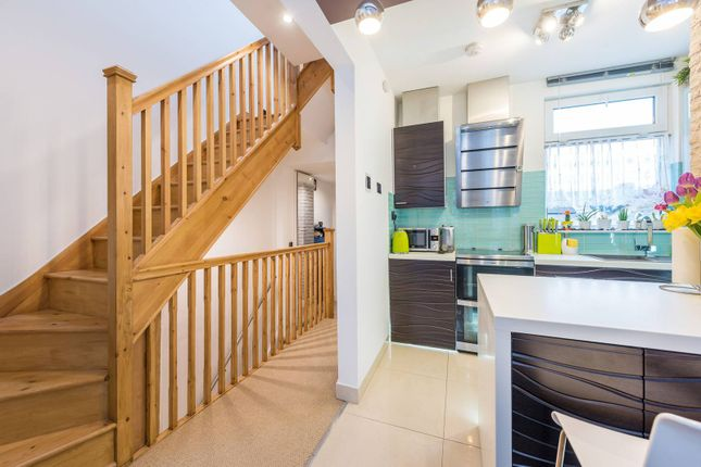 Thumbnail Flat for sale in Connaught Road, Ealing