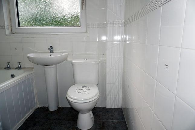 Bathroom of Canongate, Calderwood, East Kilbride G74