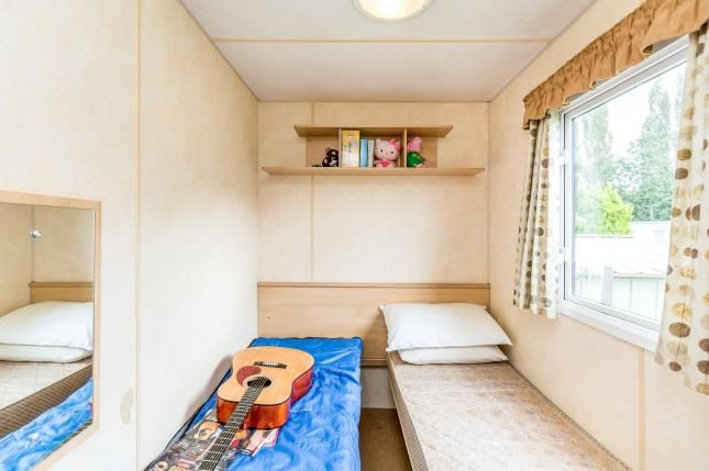 Bedroom 2 of Birdlake Pastures, Billing Aquadrome, Northampton, Northamptonshire NN3