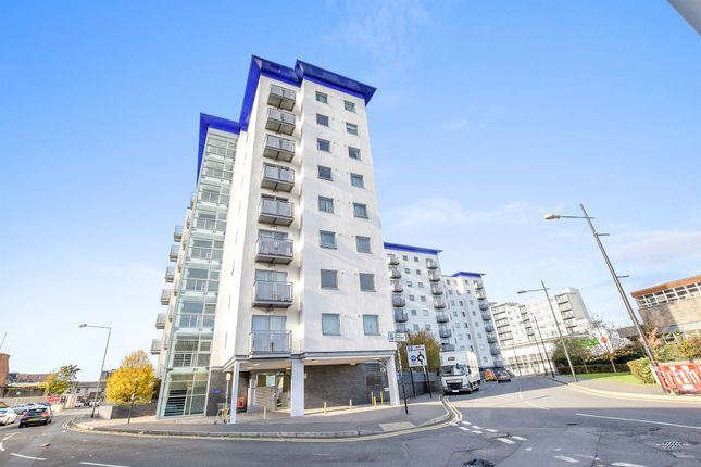 Thumbnail Flat for sale in Prince Regent Court, Hounslow
