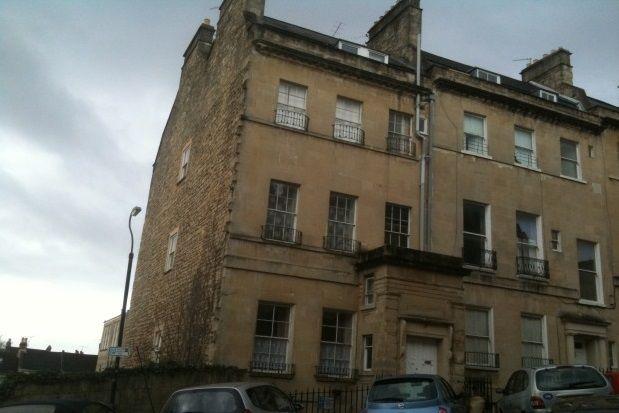 Thumbnail Maisonette to rent in Burlington Street, Bath
