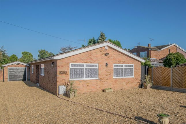 Thumbnail Detached bungalow for sale in Derby Road, Hoddesdon
