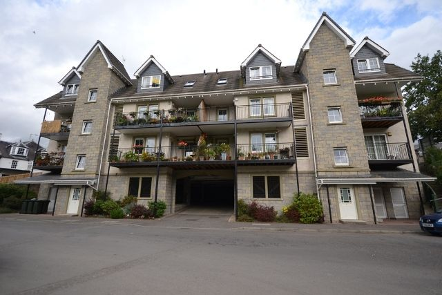 3 bed flat to rent in Low Road, Perth PH2