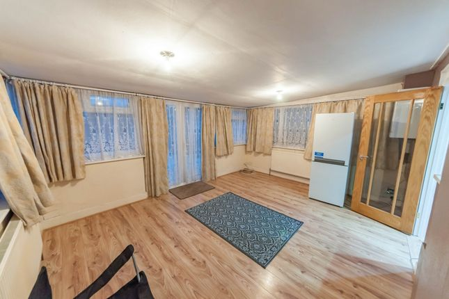 Thumbnail Terraced house to rent in Rugby Road, Dagenham