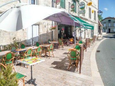 Pub/bar for sale in Verteillac, Dordogne, France