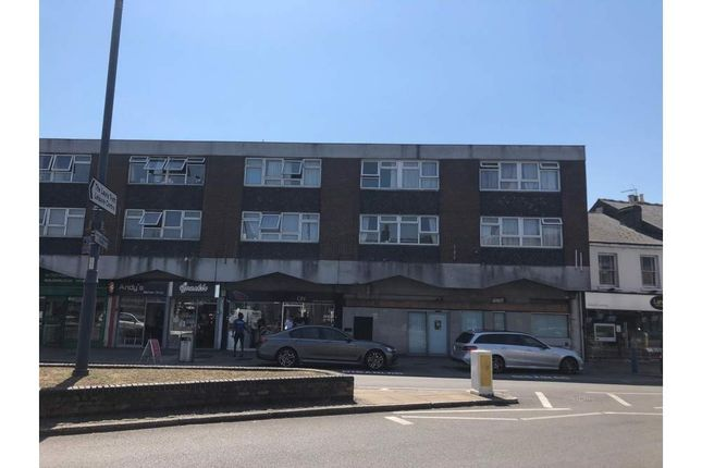 Thumbnail Retail premises to let in 8-9 Manor Croft Parade, Waltham Cross