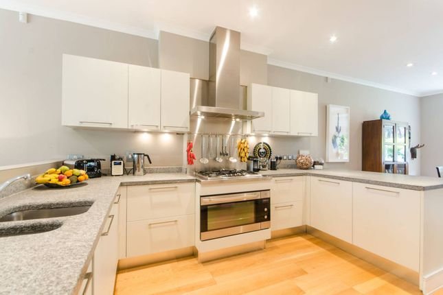 Thumbnail Semi-detached house for sale in Chalfont Mews, Southfields