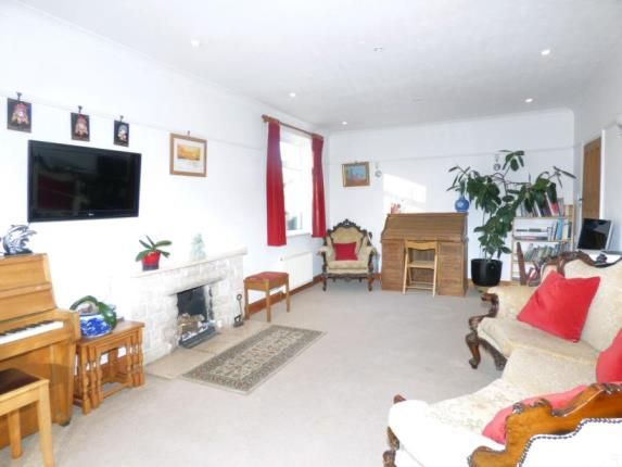 Thumbnail Bungalow for sale in The Close, Potters Bar, Hertfordshire