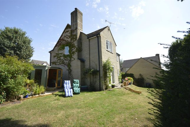 Property Image 8 of The Hawthorns, Bussage, Gloucestershire GL6