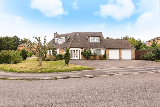 Thumbnail Detached house for sale in Windermere Way, Reigate