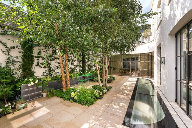 Thumbnail Terraced house for sale in Shawfield Street, Chelsea, London