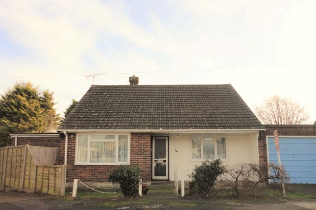 Thumbnail Detached bungalow for sale in Sunnyside Close, Ripple Deal