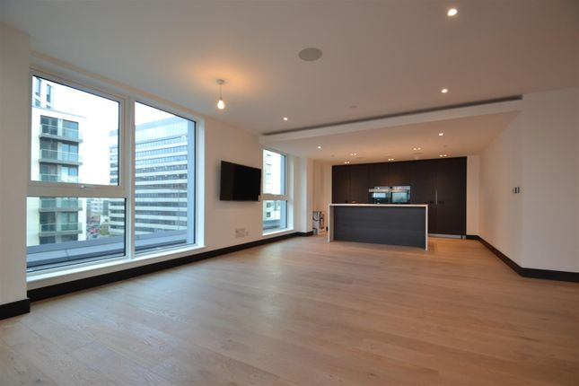 Thumbnail Flat to rent in Glenthorne Road, London