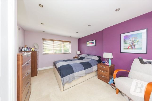 Picture No. 15 of Westbury Terrace, Upminster RM14