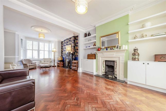 Thumbnail Terraced house to rent in Chatsworth Gardens, London
