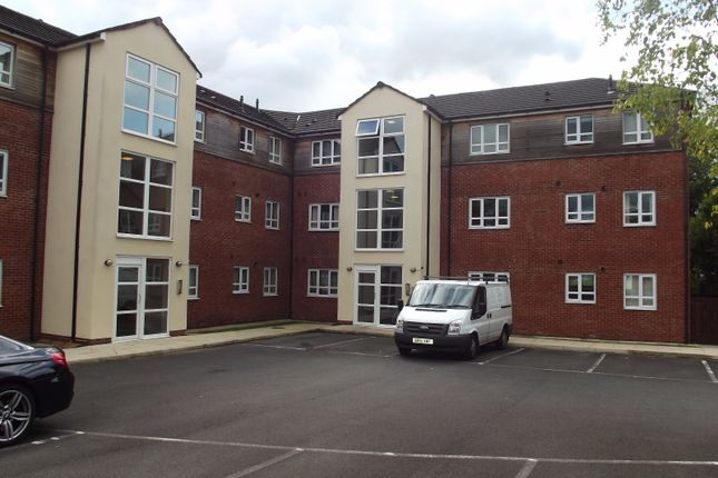 Thumbnail Flat to rent in Alder Grove, Ingol, Preston