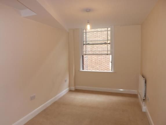 Picture No.18 of Vicarage Lane, Rotherham, South Yorkshire S65