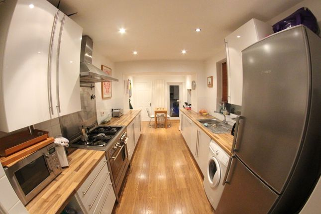 Thumbnail Terraced house to rent in Prospect Road, Woodford Green