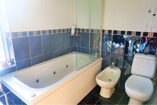 Bathroom of Great West Road, Hounslow TW5