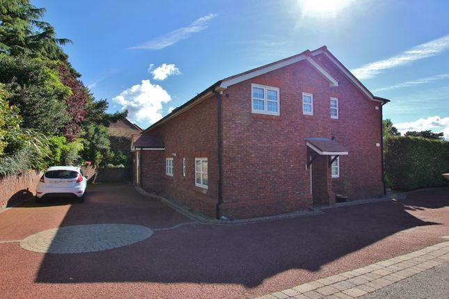 2 bed flat for sale in Roscote Close, Lower Heswall, Wirral CH60