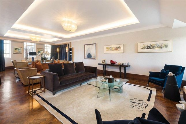 Thumbnail Flat for sale in Grosvenor Square, London