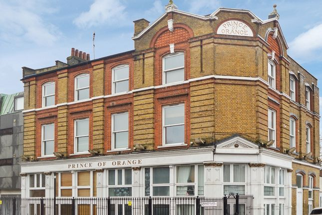 Flat for sale in Orange Place, London