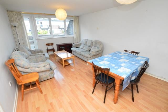 Thumbnail Flat to rent in Turpin Way, Archway