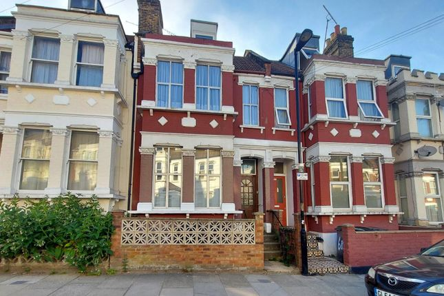 Thumbnail Detached house to rent in Hillside Road, London