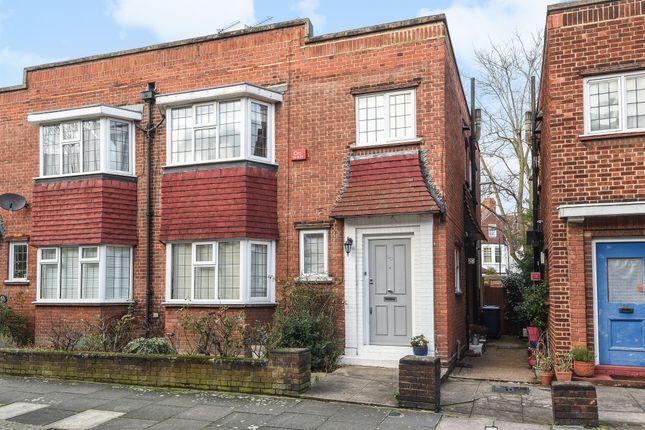 Thumbnail Flat for sale in Fairlawn Avenue, London