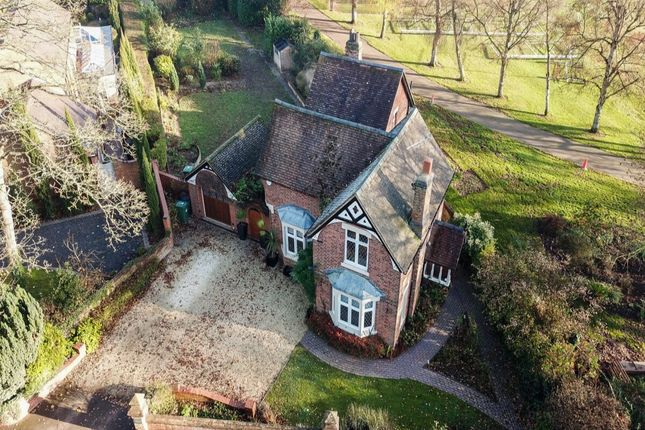 4 bed detached house for sale in Warwick Road, Kenilworth CV8