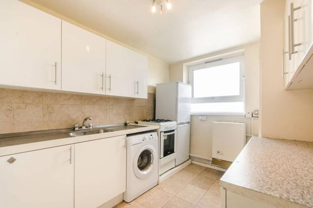 2 bed flat to rent in Shoot Up Hill, London, London