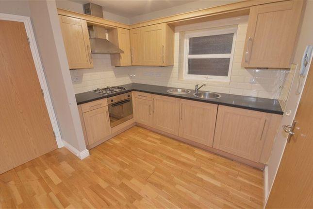 Thumbnail Flat to rent in Hugh Street, Castleford