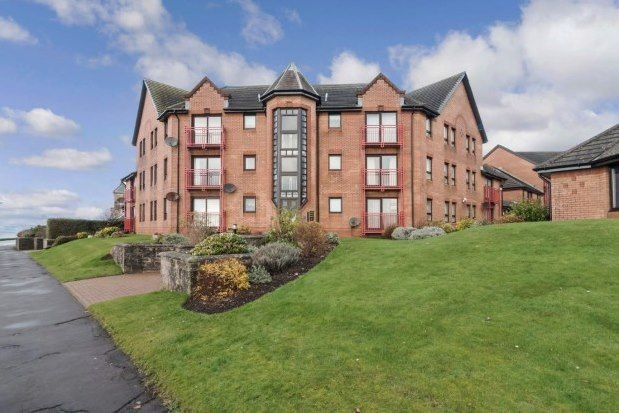 Thumbnail Flat to rent in Curlinghall, Largs