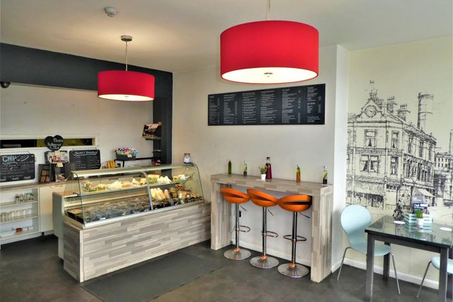 Restaurant/cafe for sale in Cafe & Sandwich Bars HX1, West Yorkshire