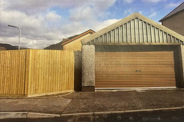 Parking/garage for sale in Vicarage Close, Penygraig, Tonypandy CF40