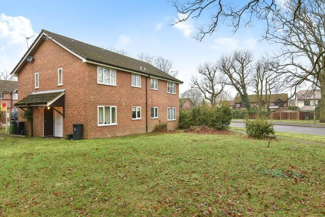 Thumbnail Terraced house for sale in Lightwater, Surrey