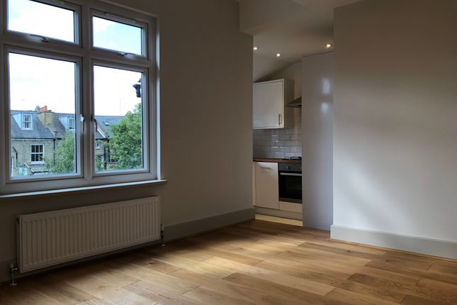 Thumbnail Duplex to rent in Stroud Green Road, London