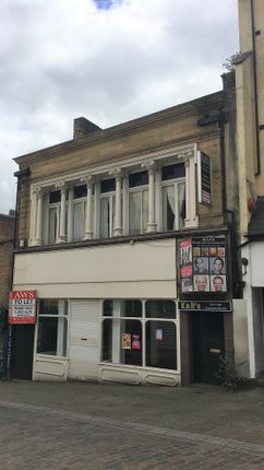 Retail premises to let in Ivegate, Bradford, West Yorkshire